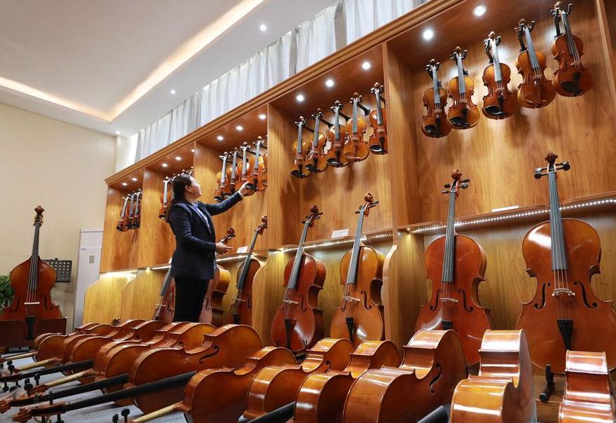 确山提琴-纯手工演奏琴联系:133-9373-7784