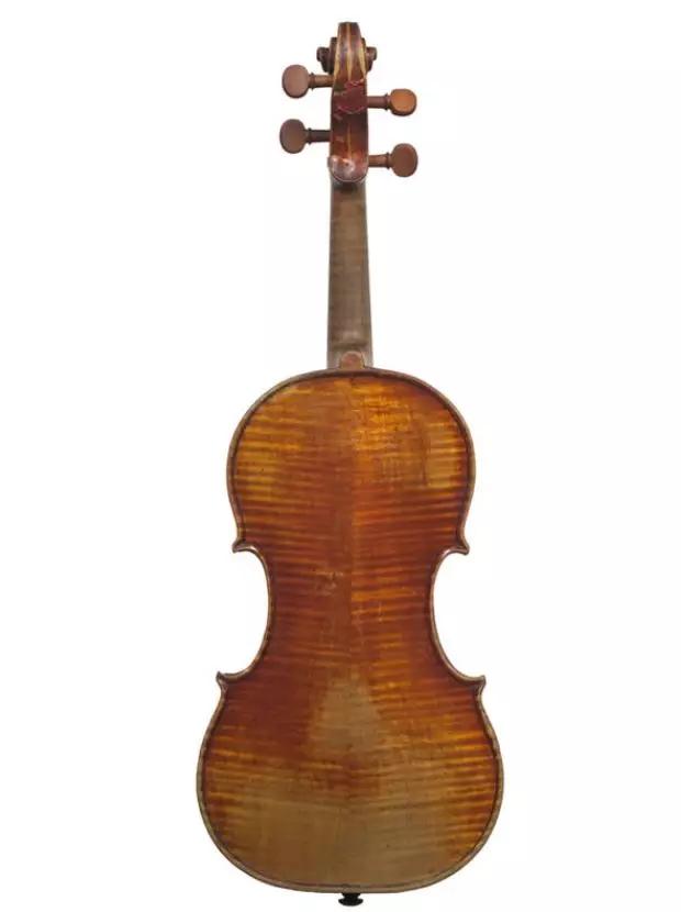 """小提琴""""大炮"""""""