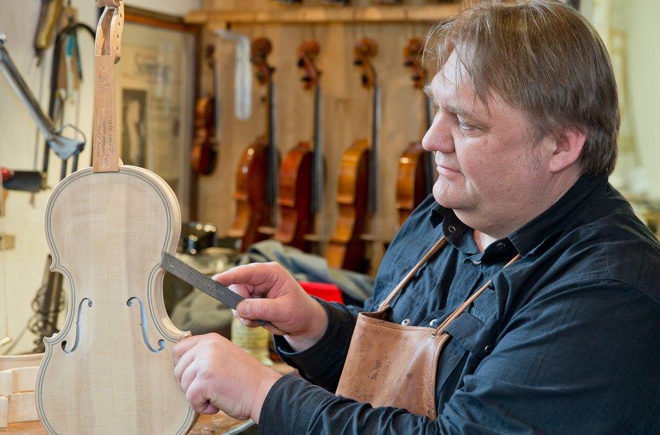 提琴工作室成立的历史渊源