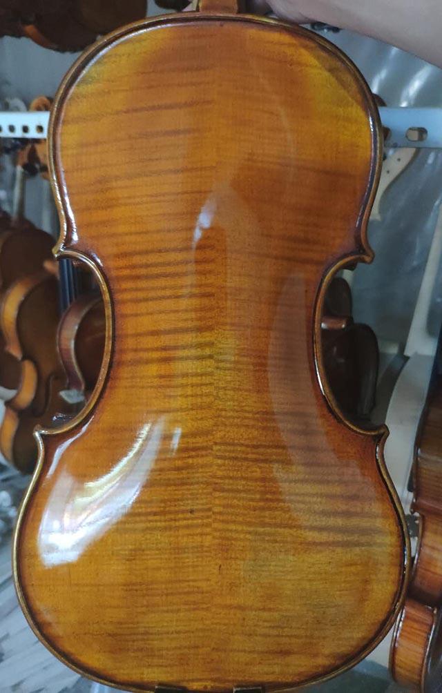 斯式小提琴
