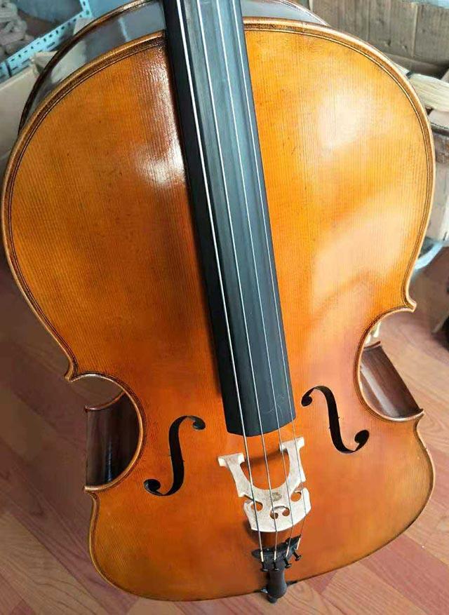 拼板大提琴
