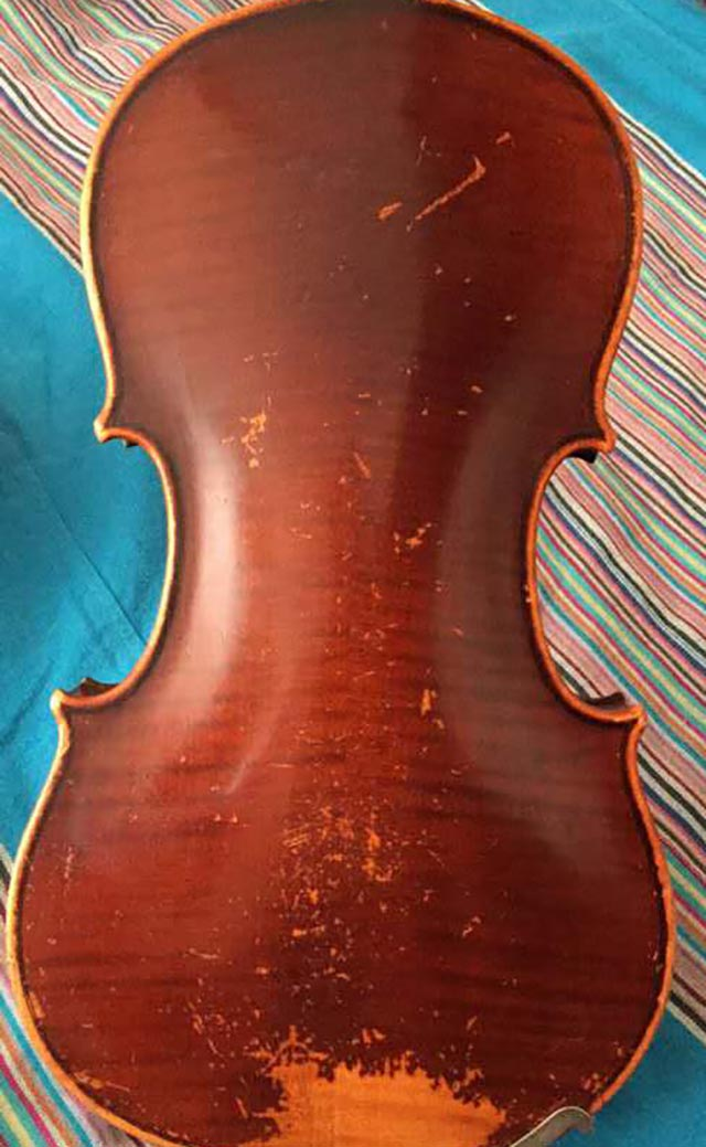 法国深红色二手琴(有掉漆)