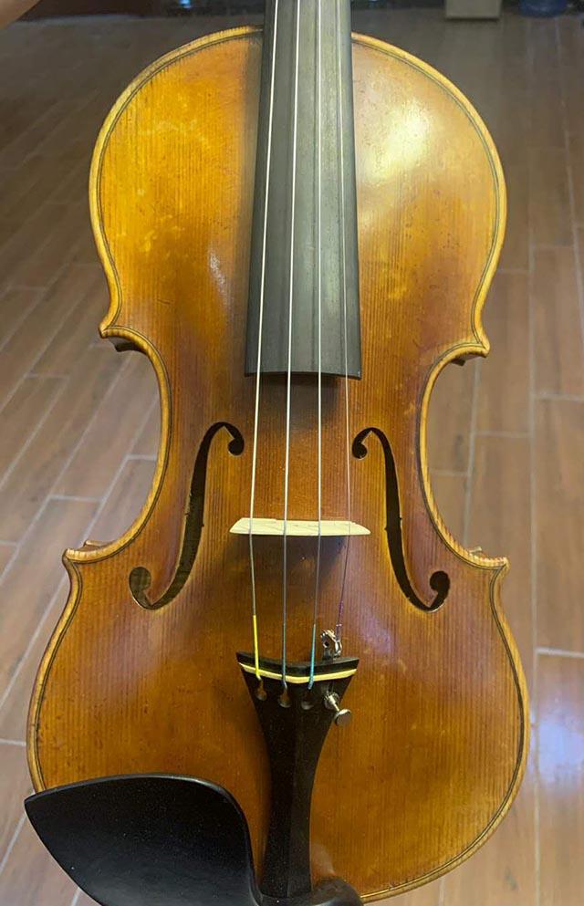 法国购入二手小提琴