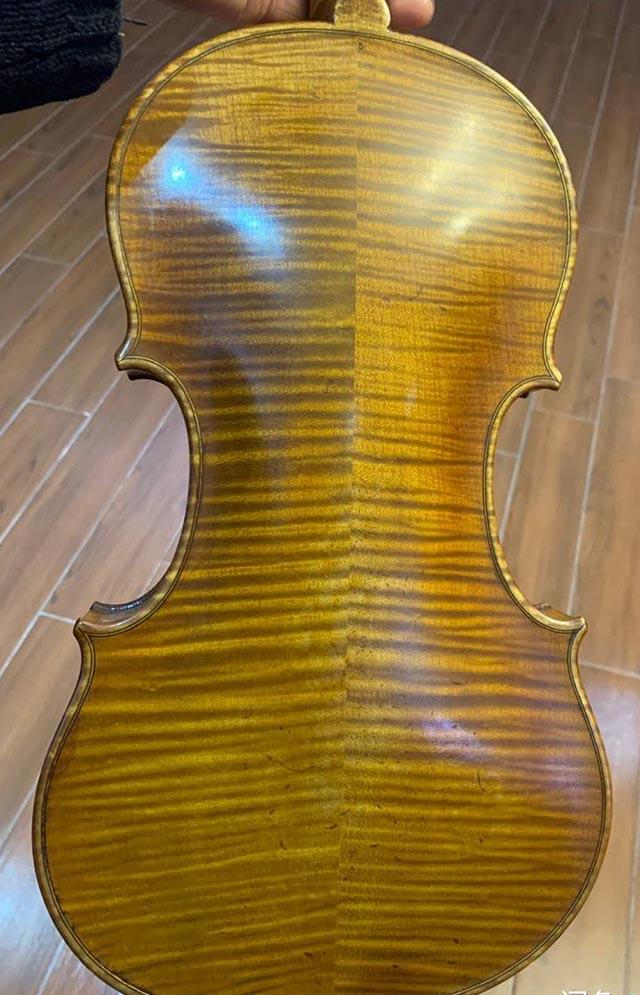 虎皮纹小提琴
