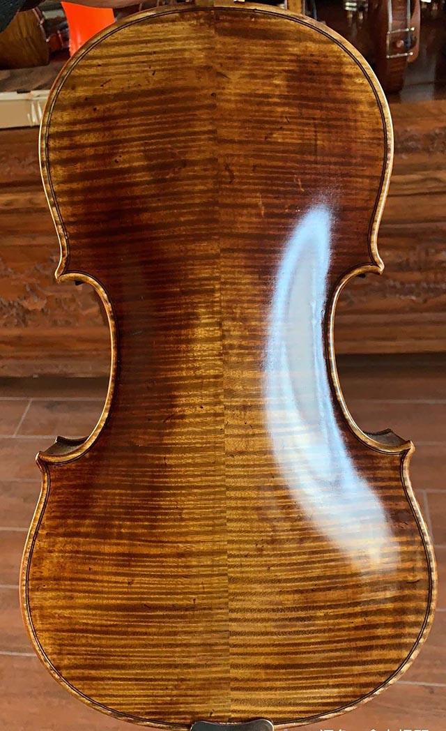 德国老琴虎皮纹小提琴
