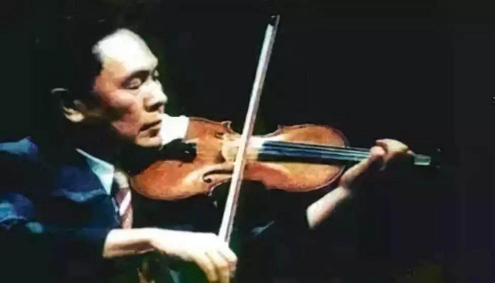 被逼吃草的小提琴之王,逃往美国后不敢回来