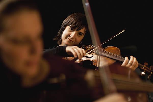 小提琴自学难不难